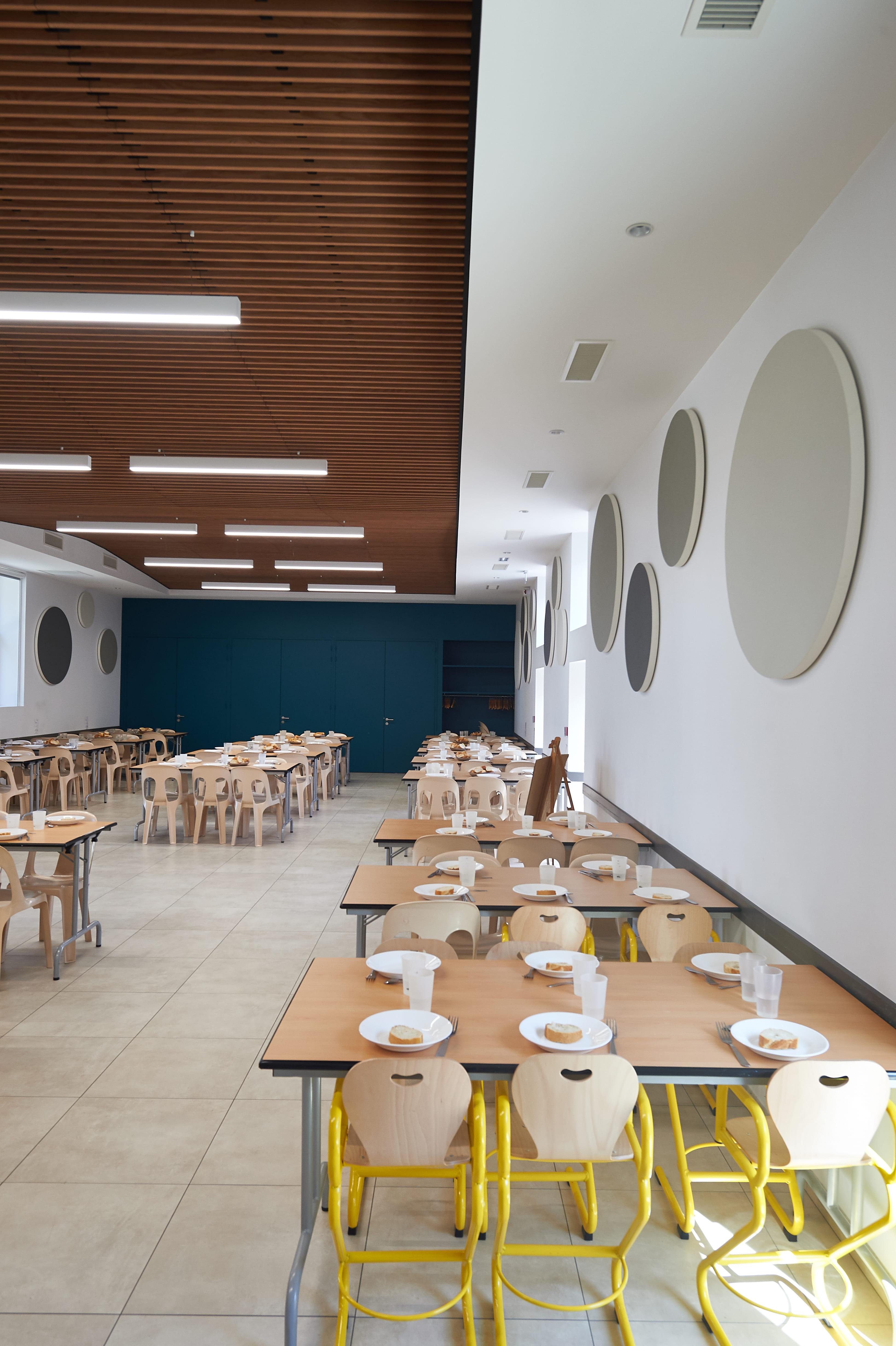 Restaurant scolaire, St Pierre des échaubrognes