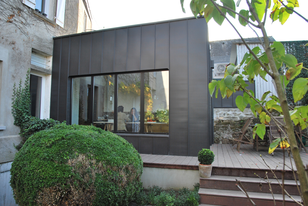 Extension d une maison individuelle mm cholet agence - Maison originale vietnam mm architectes ...